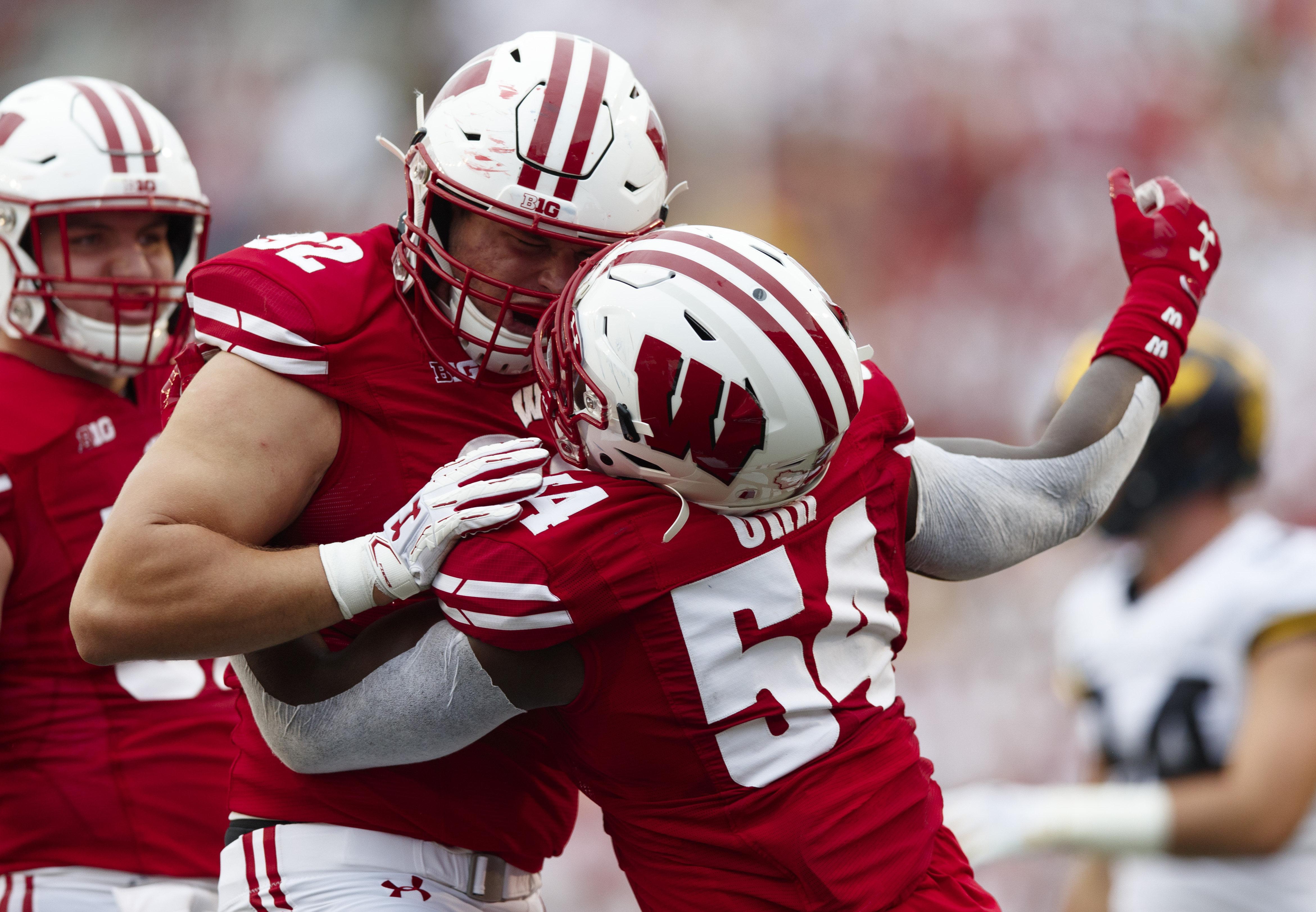 Wisconsin LB Chris Orr earns prestigious national recognition for big game vs MSU