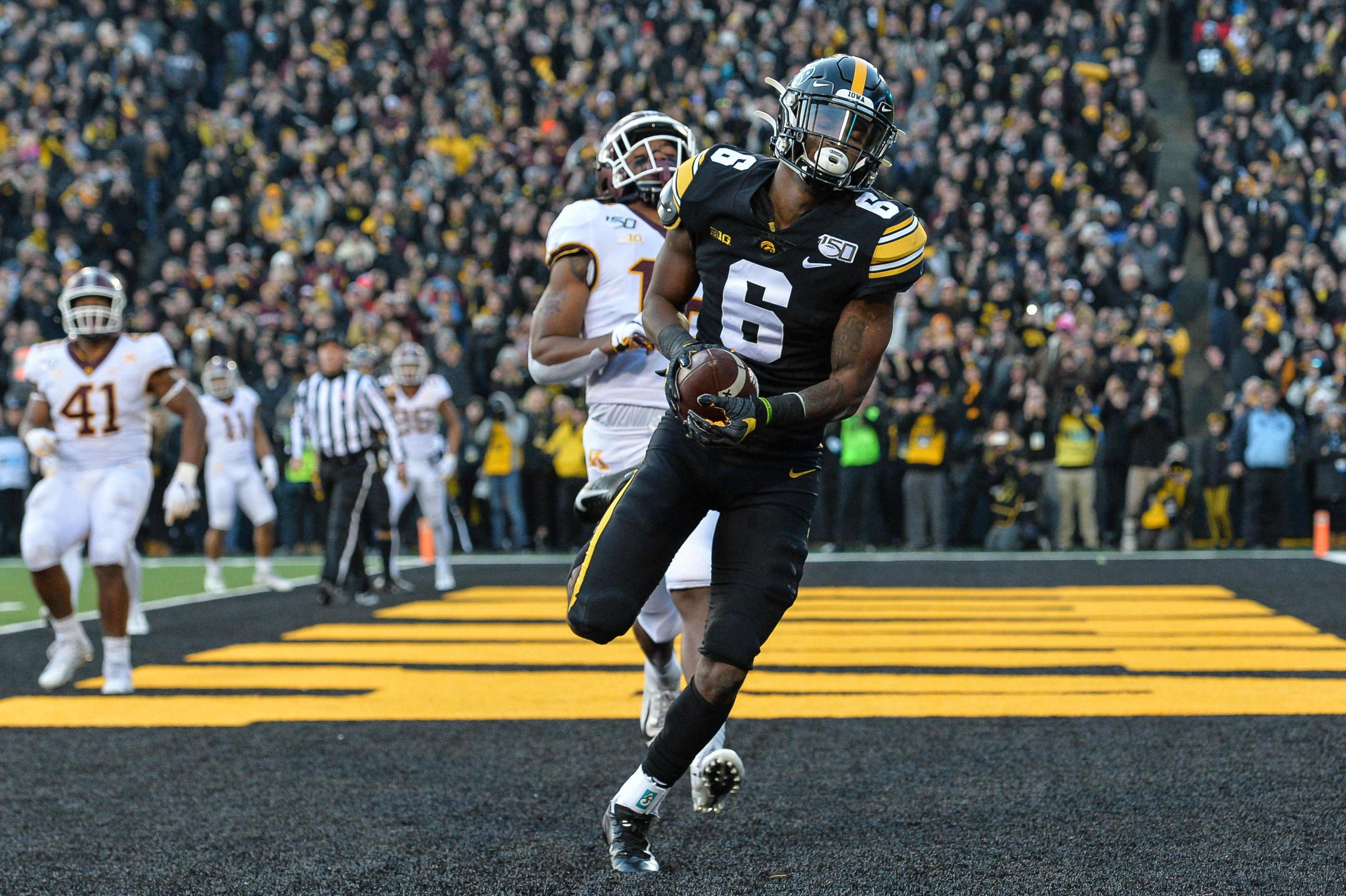 Rapid Reaction More Kinnick Magic As Iowa Stuns Undefeated